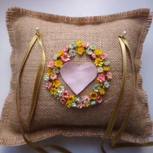 ring-pillow-wedding