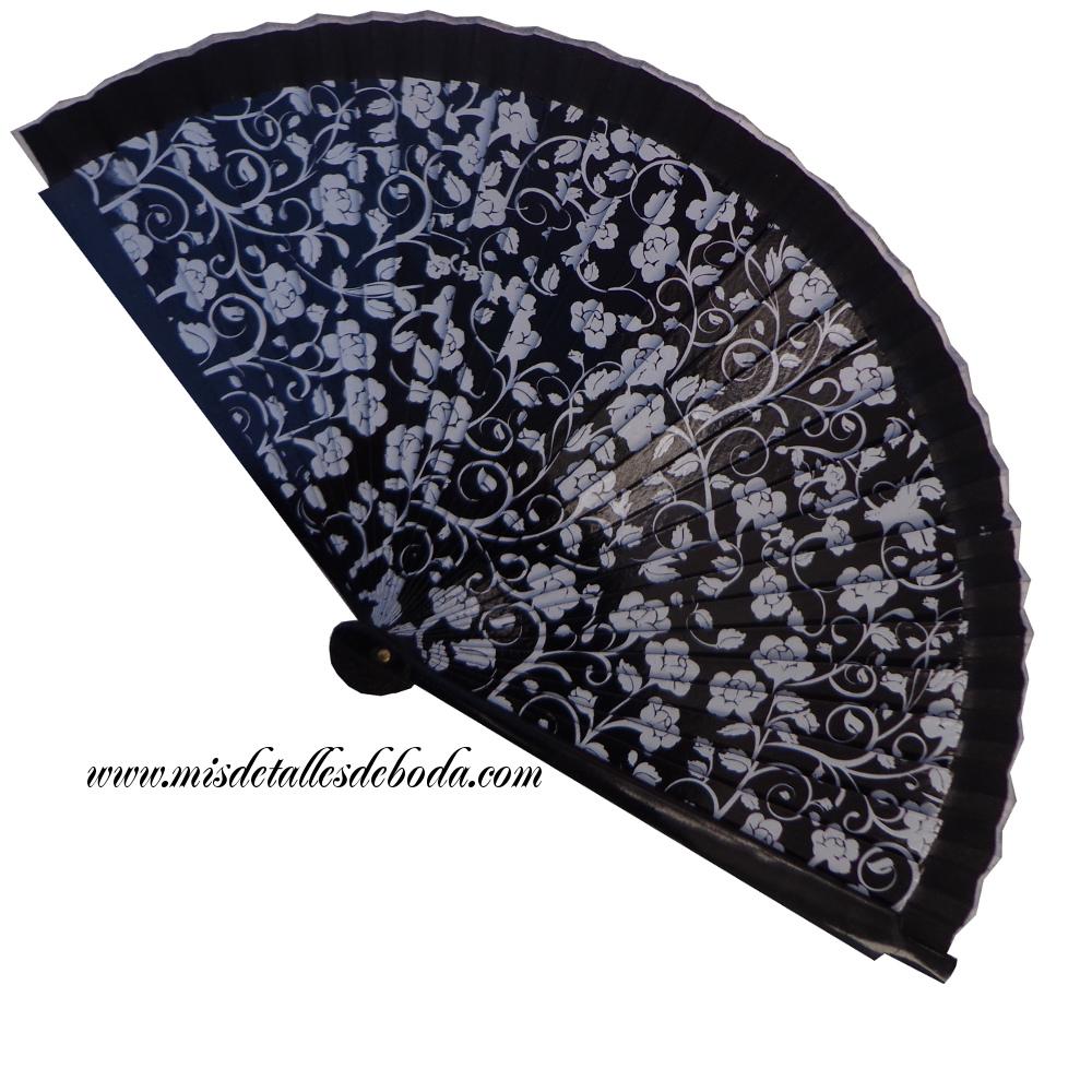 abanico-negro-claveles-boda