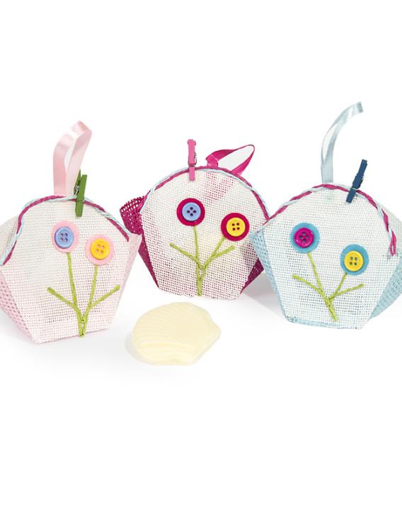 cesta artesanal con jabon concha