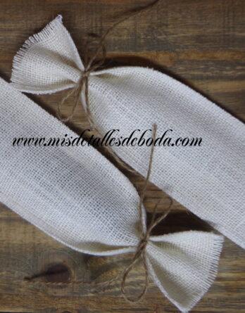 bolsita-blanca-abanico-boda-recuerdo