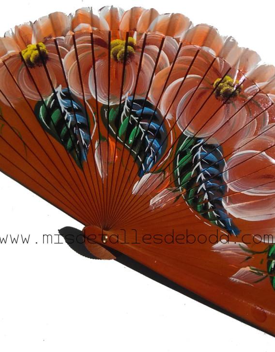 abanico-marron-pintado-flores